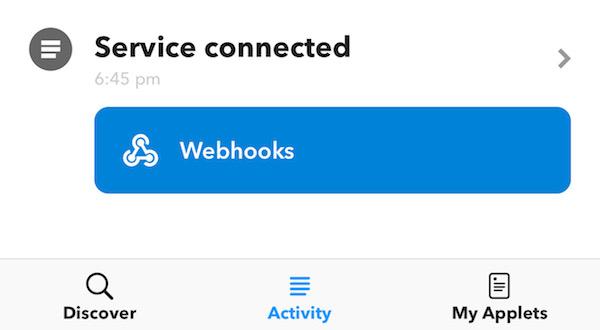 Webhooksを選択